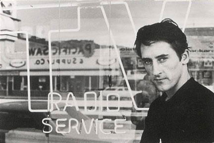 A portrait of Ed Ruscha by Dennis Hopper from 1964
