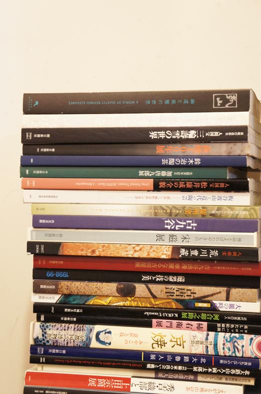 陶芸・工芸のカタログがたくさんです。