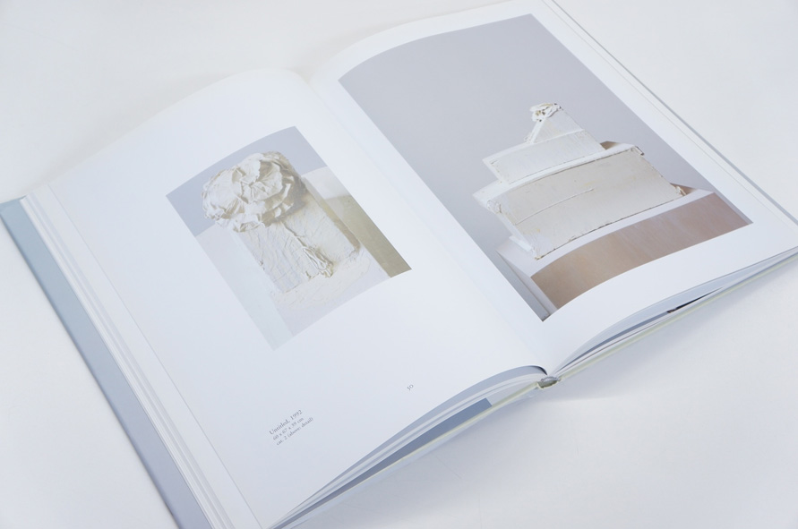 サイ・トゥオンブリー Cy Twombly: Sculptures 1992-2005 Giorgio Agamben/Edward Albee/Reinhold Baumstark他 2006年/Schirmer/Mosel 英語版 カバー